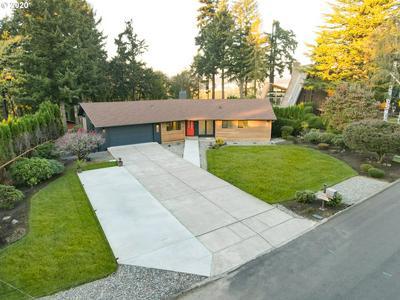 6418 MONTANA LN, Vancouver, WA 98661 - Photo 2