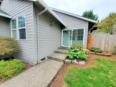 1392 SW 10TH ST, Troutdale, OR 97060 - Photo 2