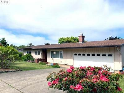 480 BANDON AVE SW, Bandon, OR 97411 - Photo 1