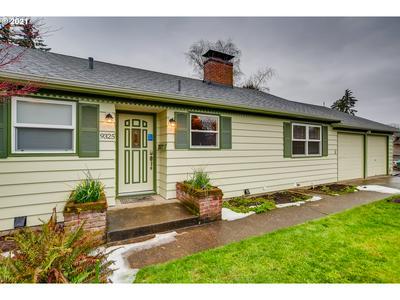 9325 SW ASPEN ST, Beaverton, OR 97005 - Photo 2