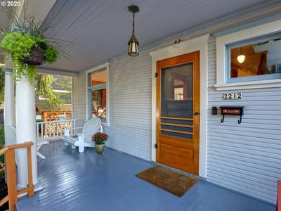 2212 SE MAIN ST, Portland, OR 97214 - Photo 2