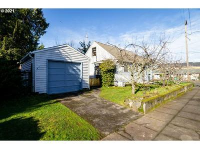 1435 NE 73RD AVE, Portland, OR 97213 - Photo 2