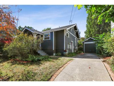 8825 SE 16TH PL, Portland, OR 97202 - Photo 2