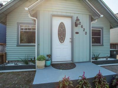 2620 H ST, Washougal, WA 98671 - Photo 2