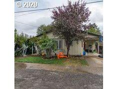 326 N 7TH ST, Cottage Grove, OR 97424 - Photo 2