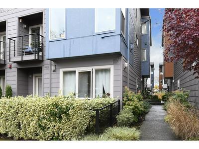 8067 N LEAVITT AVE, Portland, OR 97203 - Photo 2
