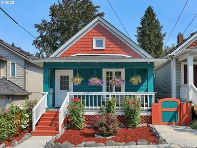 3320 SE 10TH AVE, Portland, OR 97202 - Photo 2
