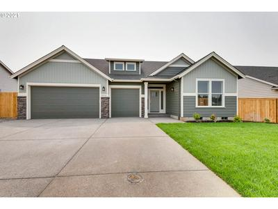 425 NW CRATER LAKE DR, Dallas, OR 97338 - Photo 1