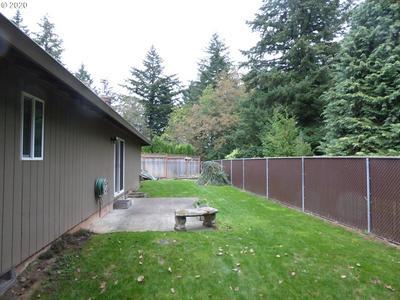 120 GLENWOOD CT, Oregon City, OR 97045 - Photo 2