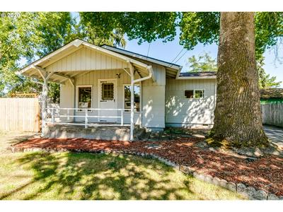 2620 G ST, Springfield, OR 97477 - Photo 2