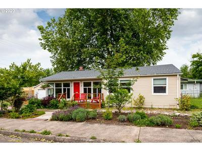 889 E 29TH AVE, Eugene, OR 97405 - Photo 2