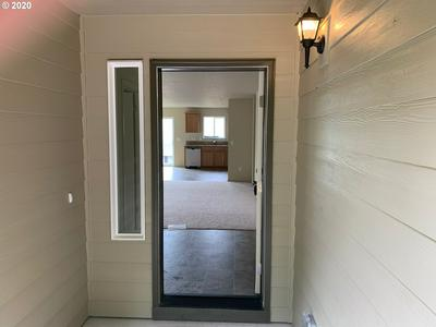 47180 SW SOUTH RD, Gaston, OR 97119 - Photo 2