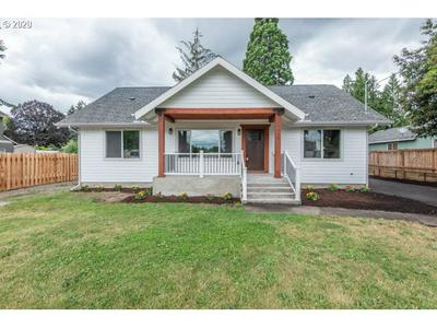 15645 SE RAINIER AVE, Clackamas, OR 97015 - Photo 1