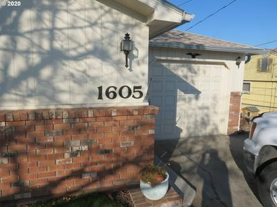 1605 SW HAILEY AVE, Pendleton, OR 97801 - Photo 2