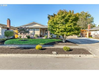 2236 ROSE BLOSSOM DR, Springfield, OR 97477 - Photo 1