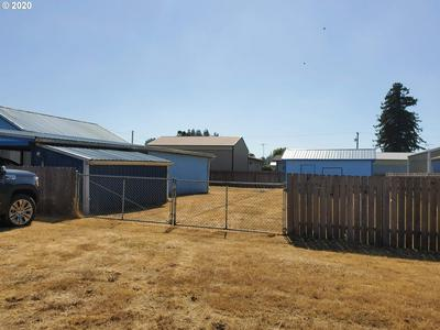 155 S 13TH ST, Lakeside, OR 97449 - Photo 2