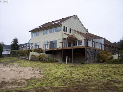 30 OCEAN DUNES DR, FLORENCE, OR 97439 - Photo 2
