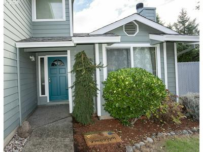 2402 SW SPENCE CT, Troutdale, OR 97060 - Photo 2
