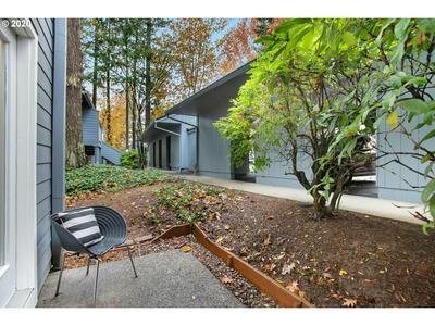 4344 SW DICKINSON ST, Portland, OR 97219 - Photo 1