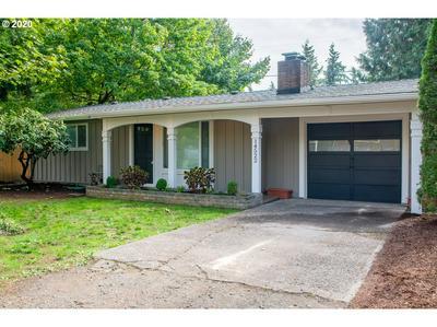 14522 SE HARRISON ST, Portland, OR 97233 - Photo 2