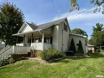 367 W OLIVE ST, Canton, IL 61520 - Photo 2