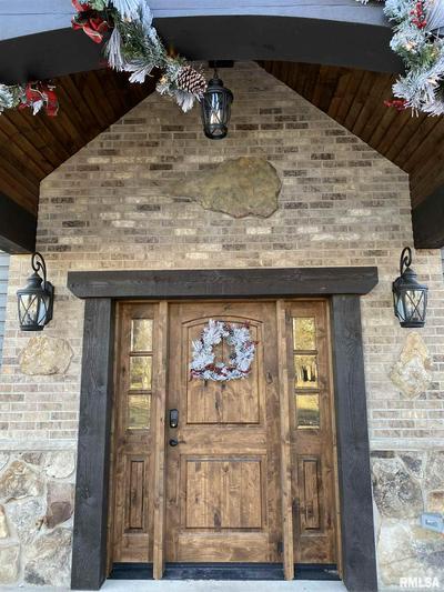 100 MAIN ST # 3, Congerville, IL 61729 - Photo 2