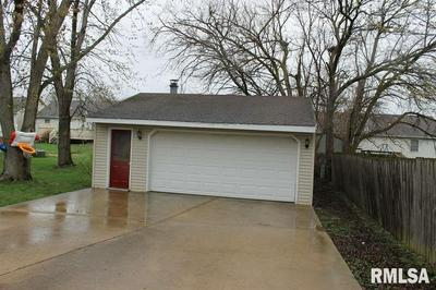 1625 N BIRREN ST, Chillicothe, IL 61523 - Photo 2