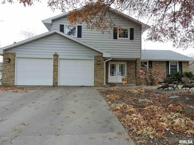 519 MEADOW DR, Macomb, IL 61455 - Photo 1
