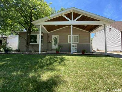 2093 HENLEY RD, Springfield, IL 62702 - Photo 2