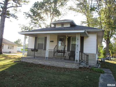 109 N STOTLAR ST, Benton, IL 62812 - Photo 2