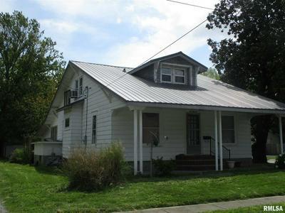 600 MADISON ST, Benton, IL 62812 - Photo 2
