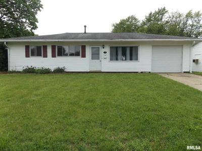 1701 N 16TH ST, Pekin, IL 61554 - Photo 1