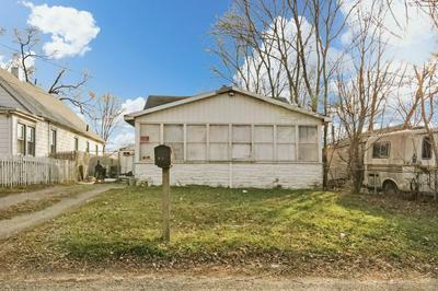 3212 W AUGUSTANA ST, Peoria, IL 61605 - Photo 1