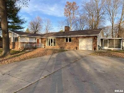 4 LADUE CT, Taylorville, IL 62568 - Photo 1