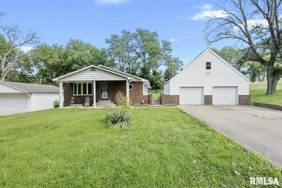 1303 W REYNOLDS ST, Springfield, IL 62702 - Photo 2