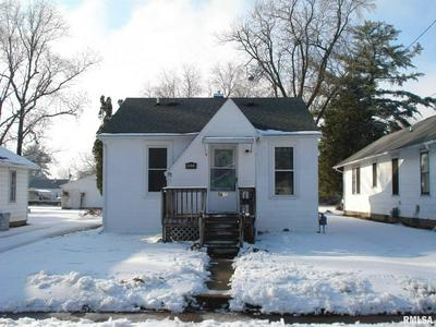 1604 BEECHER AVE, Galesburg, IL 61401 - Photo 2