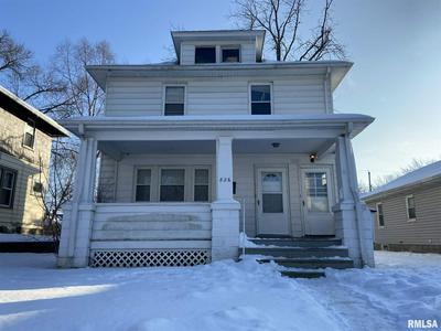 826 20TH AVE, Moline, IL 61265 - Photo 1