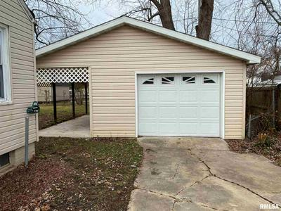 3317 BUTLER ST, Springfield, IL 62703 - Photo 2