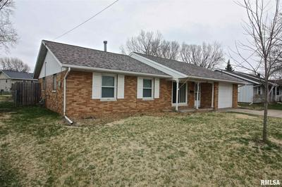 1608 FLORENCE AVE, PEKIN, IL 61554 - Photo 2