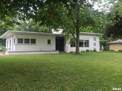 1425 N 4TH ST, Chillicothe, IL 61523 - Photo 1