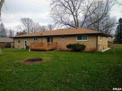 604 S ELM ST, Washington, IL 61571 - Photo 2