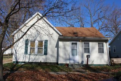 887 E PINE ST, Canton, IL 61520 - Photo 1