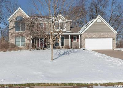 5930 DODDS DR, Bettendorf, IA 52722 - Photo 2