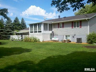 10237 ARROW RD, Tremont, IL 61568 - Photo 2