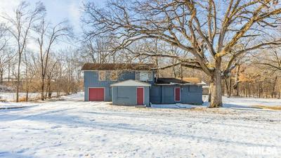 303 N SUMMIT DR, Washington, IL 61571 - Photo 2