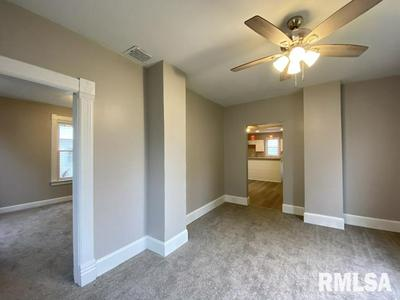 84 W MYRTLE ST, Canton, IL 61520 - Photo 2