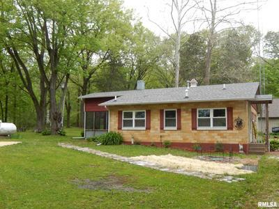480 COMANCHE RD, Colchester, IL 62326 - Photo 2