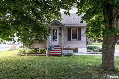 225 MEADOW AVE, East Peoria, IL 61611 - Photo 1