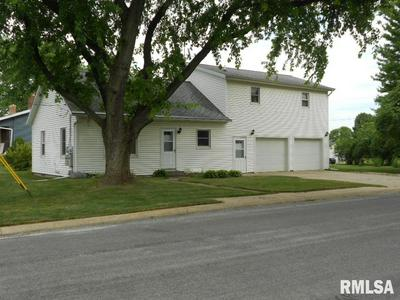 212 N GREEN ST, Roanoke, IL 61561 - Photo 2