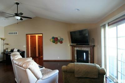 405 NEWCASTLE DR, Mackinaw, IL 61755 - Photo 2